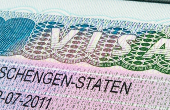 Difference Between EB-1 and EB-2 Visas